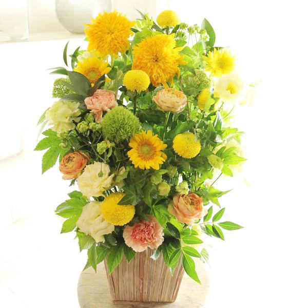 アレンジメントフラワーLサイズ Warm Impressed(黄色・オレンジ系)※デザイナーが手がけるお洒落な一品誕生日祝い 誕生祝い 誕生日 バースディ 出生 贈り物 フラワーギフト プレゼント お祝い お花 送料無料 メッセージカード無料 あす楽