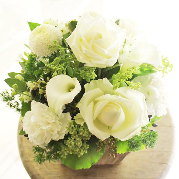 アレンジメントフラワーSサイズ Refreshing Coolness(グリーン・白系)※デザイナーが手がけるお洒落な一品結婚祝い 入籍祝い ブライダル ウェディング 婚約 贈り物 フラワーギフト プレゼント お祝い お花 送料無料 メッセージカード無料 あす楽