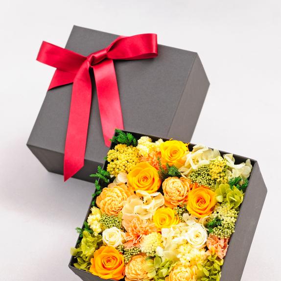 結婚祝いのプレゼントに、婚約の贈り物に枯れないお花と電報を一緒にお届け!デザイナーズ プリザーブドフラワー エレガントbox(walm colors)を全国にお届け致します【全国送料無料・電報代金無料】