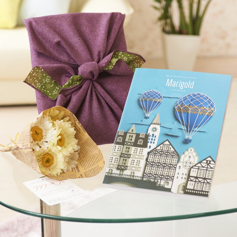 花とギフトのセット 造花花束とカタログギフト(ミストラル/マリーゴールド)風呂敷(紫/グリーン)包み【送料無料】