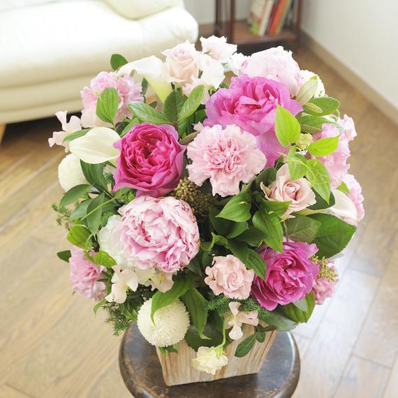 デザイナーズ・アレンジメント Girlishness(ピンク系開店祝い 開業祝い 開院祝い 開局祝い オープン記念 贈り物 フラワーギフト プレゼント お祝い お花 送料無料 メッセージカード無料 あす楽