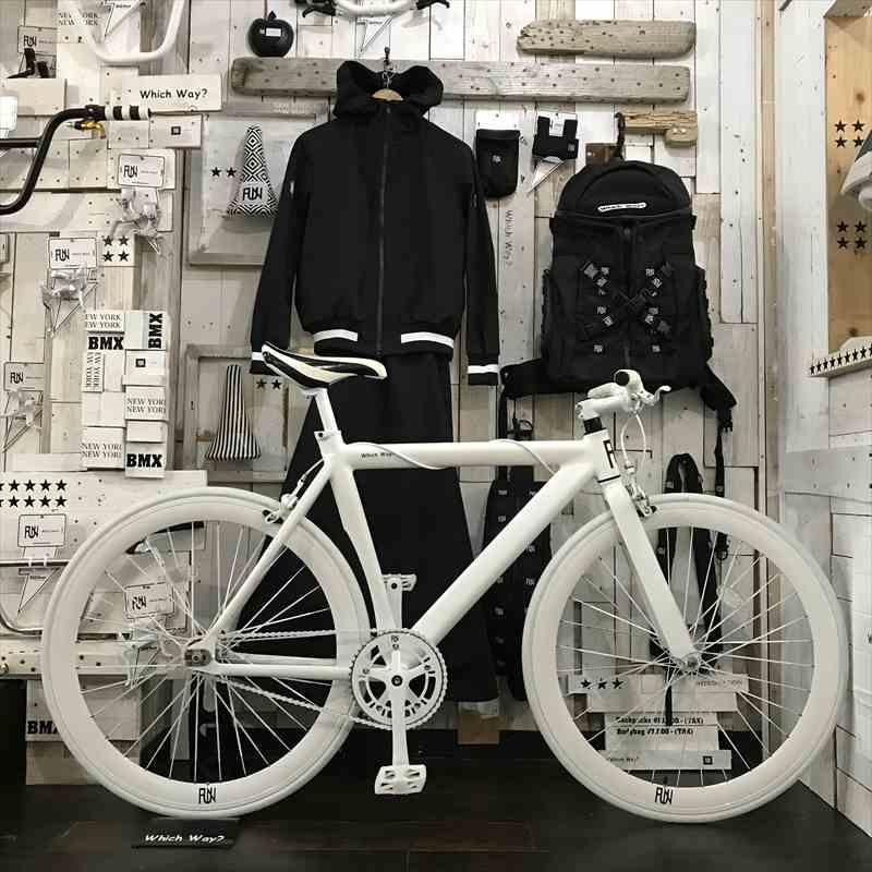 100種類以上!!サドルが選べる ピストバイク 完成車 FUN Airフレームマットホワイトシングルスピード[自転車][BMX][ピスト][カスタム][700C][23c][タイヤ][フリーギア][ホイール][700][ペダル][ブレーキ][固定ギア]