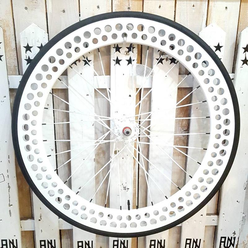 FUN 700C SODA 完組みホイールフロント ホワイトタイヤ・チューブ・リムテープ・セットINNOVA 700×23C ピスト ピストバイク ピストホイール ピストパーツ 自転車 23C タイヤ ライダーズカフェ