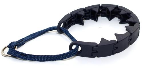 Plastic pinch collar ◆ M size ◆