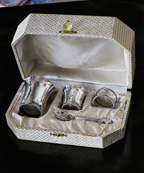 ベビー用 シルバー食器/シルバー食器 銀食器 銀 シルバー ベビー 赤ちゃん お祝い 出産 出産祝い アンティーク ハロウィン クリスマス 飾り プレゼント ギフト お祝い 結婚祝い