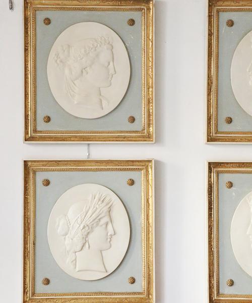 ELUSIO ウォールオーナメント・カメオ フェム/ 壁飾り 壁掛け アンティーク