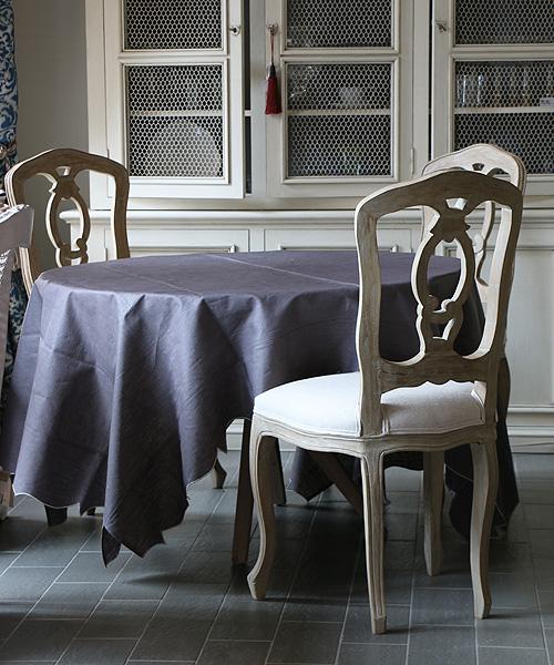 LA GALLINA MATTA オイルクロステーブルクロス・チャコール170x230/テーブルクロス 撥水 クロス かわいい 北欧 プレイスマット イタリア キッチン雑貨 フランス テーブルウェア マット 洗える オイルクロス