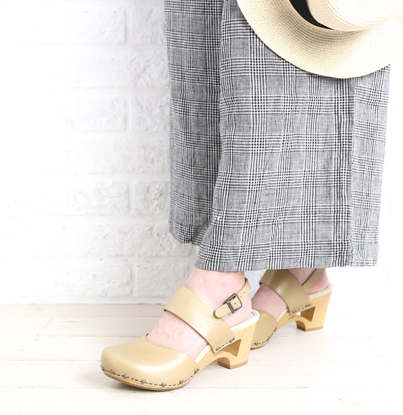 1026ff6b0c5 dansko (dansko) full-grain leather strap shoes