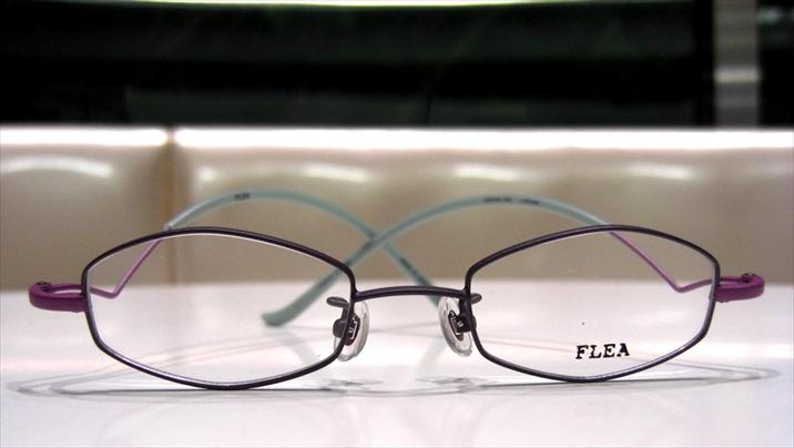 FLEA(フリー) F-013 C-88 フルリム メタルフレーム パープル テンプル特徴あり チタン 職人手曲げ 細め 掛けやすい  日本製