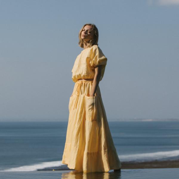 at Dawn. O'AHU アットドーンオアフ 公式通販 ハワイ ビーチ スカート Long 定価の67%OFF リネンロングスカート 定価の67%OFF Skirt あす楽 01-20003 アットドーンオアフLinen 送料無料