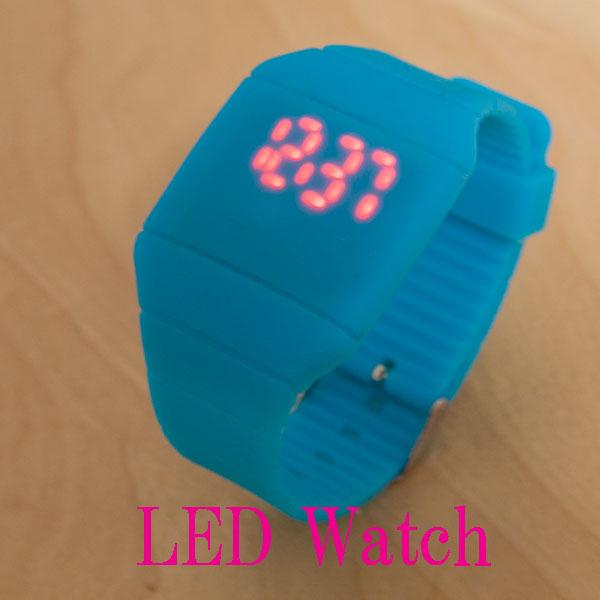 海外 売れ筋商品 激安 BEAMS 日本正規品 シリコンバンド ビビットカラー 送料無料LEDシリコンウォッチ 高額売筋 シリコン腕時計 ネオン 送料無料