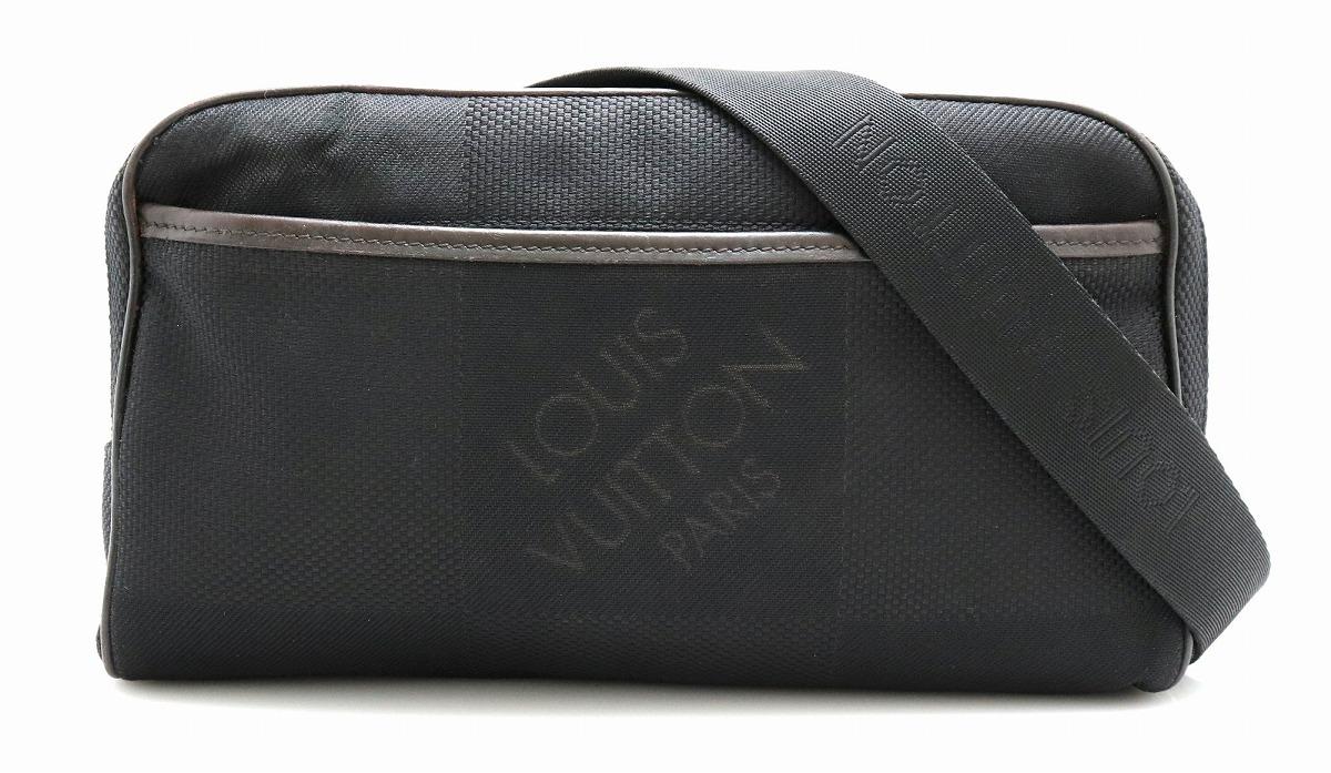 【バッグ】LOUIS VUITTON ルイ ヴィトン ダミエジェアン アクロバット ボディバッグ ウエストバッグ キャンバス ノワール 黒 ブラック M93620 【中古】【k】