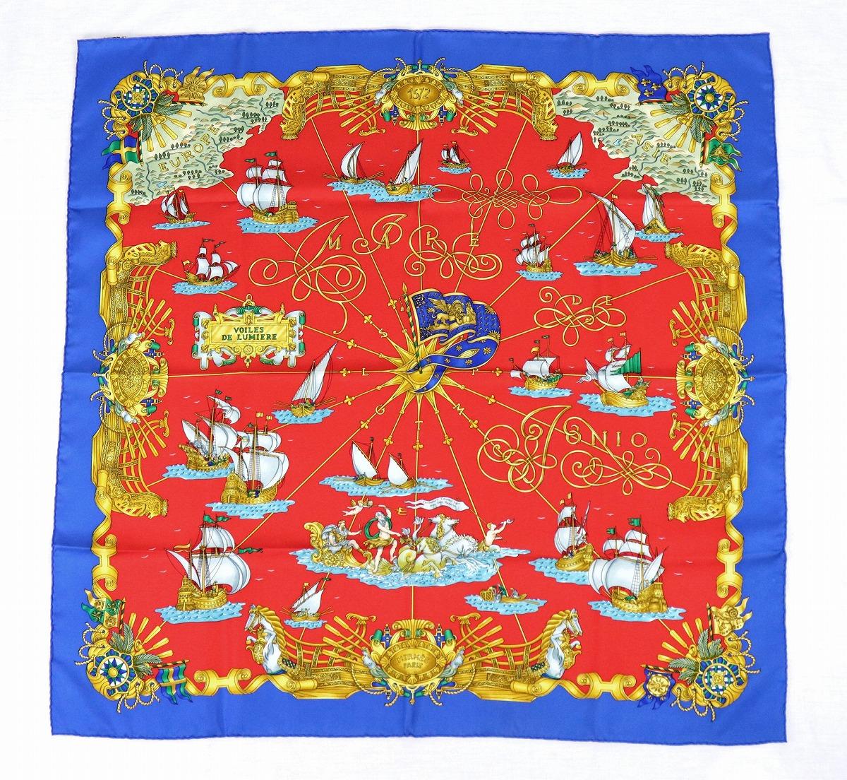 【アパレル】HERMES エルメス カレ90 スカーフ 大判スカーフ 光の帆船『VOILES DE LUMIERE』シルク100% レッド 赤 ブルー 青 マルチカラー 【中古】【u】