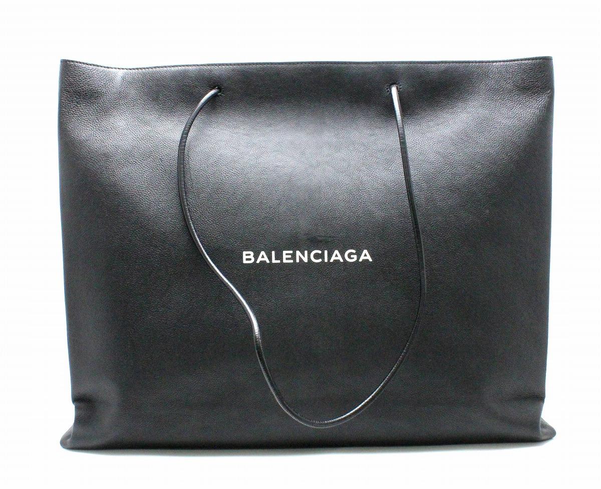 【バッグ】BALENCIAGA バレンシアガ イーストウエストショッピングバッグ L カーフレザー ブラック 黒 ホワイト 白 482543 1060 A535269 【中古】【k】