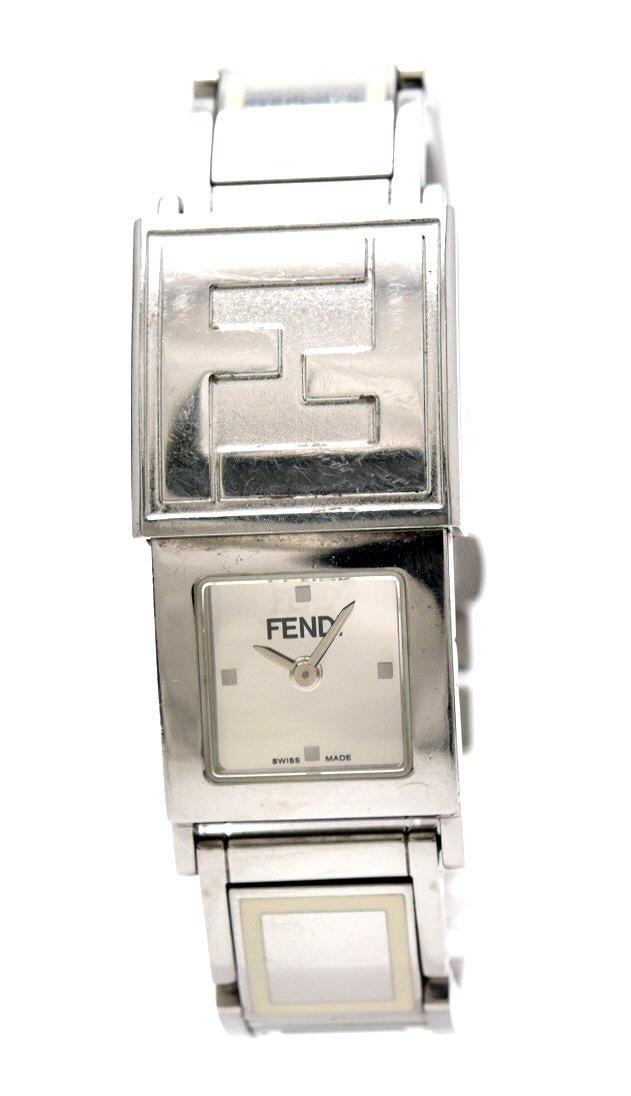 【ウォッチ】FENDI フェンディ オロロジ ミラー文字盤 SS レディース QZ クォーツ 腕時計 5600L 【中古】【k】