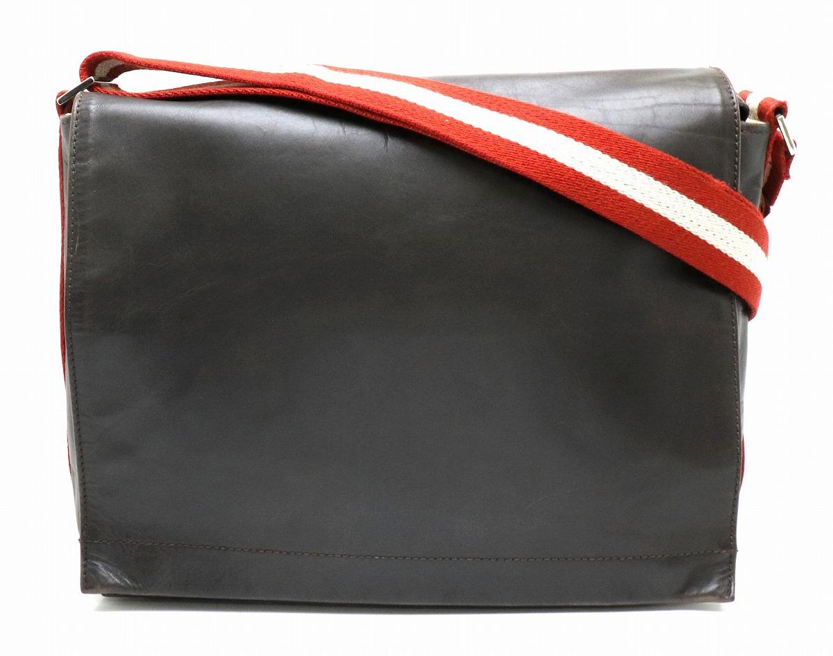 【バッグ】BALLY バリー トレインスポッティング ショルダーバッグ メッセンジャーバッグ 斜め掛け レザー レッド 赤 ホワイト 白 【中古】【s】