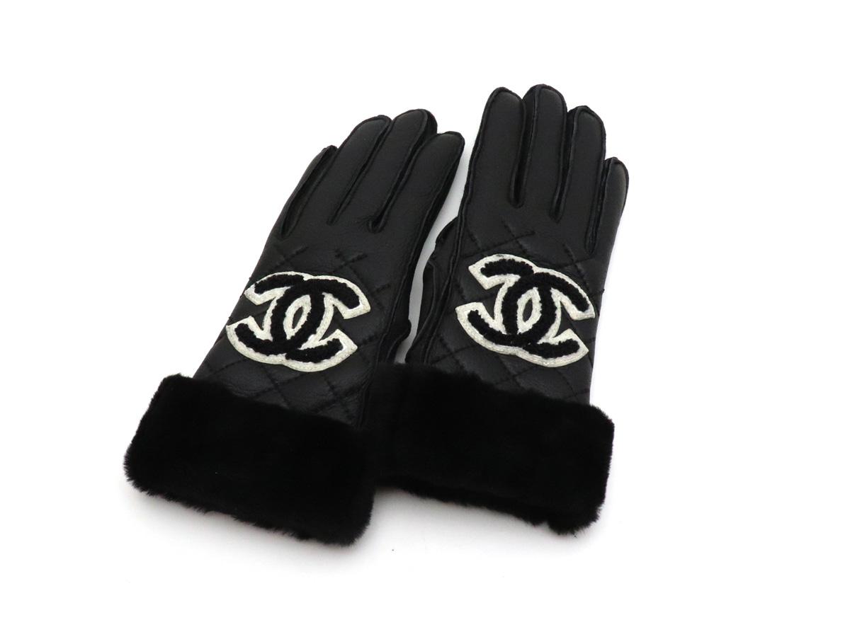 【未使用品】【アパレル】CHANEL シャネル ココマーク ファー付 手袋 グローブ 羊革 ラムスキン キルティング ブラック 黒 ホワイト 白 【中古】