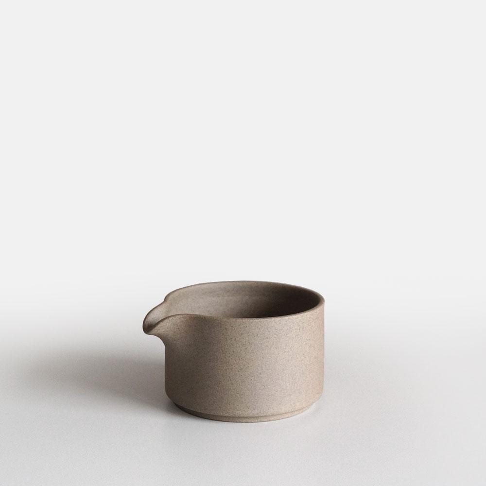伝統的な遺産を現代的なコンセプトでデザインした波佐見焼のテーブルウェアシリーズ HASAMI PORCELAIN ハサミポーセリン あす楽対応 Milk Pitcher 予約 ファクトリーアウトレット ミルクピッチャー HP028 ナチュラル 111132 Natural 波佐見焼