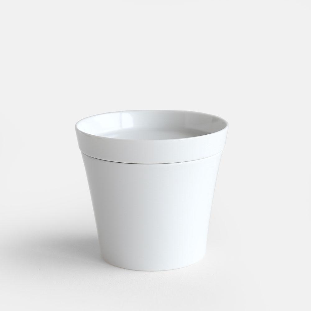 北欧を代表する陶器デザイナー インゲヤードローマンの有田焼コレクション 2016 IR 022 Tea Cup M White <セール&特集> 並行輸入品 collection インゲヤードローマン arita 香蘭社 113808 Raman 有田焼 ニーゼロイチロク ホワイトコレクション Ingegerd ティーカップ