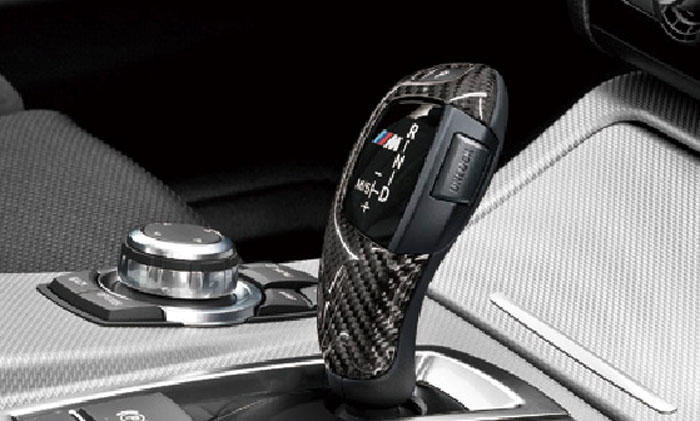【BMW純正】BMW F10 F11 5シリーズ BMW M Performance カーボン・セレクター・レバー・グリップ・カバー AT車(~2012.3)右ハンドル車用