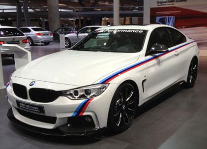 【BMW純正】BMW F32 4シリーズ クーペ BMW M Performance モーター・スポーツ・ストライプ