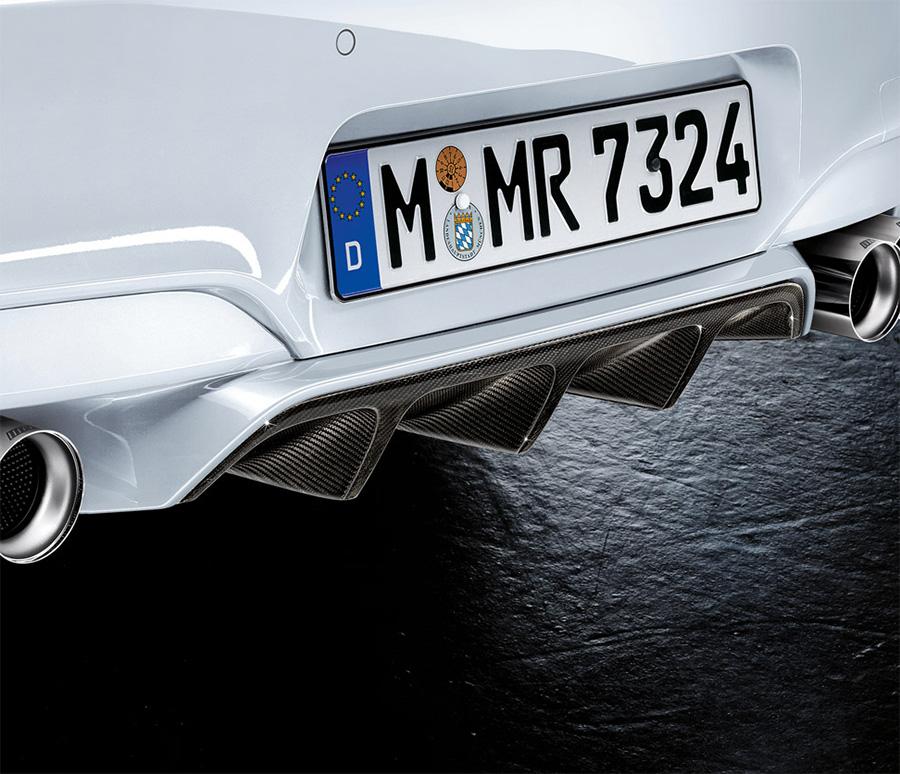 BMW F12/F13/F06 6シリーズ用 M6 M Performance カーボン・リヤ・ディフューザー