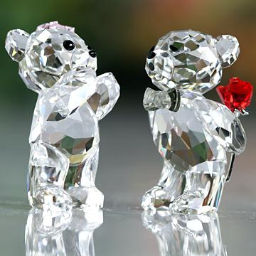 スワロフスキー 置物(Swarovski) クリスベア Kris Bear A Lovely Surprise #swv5268511