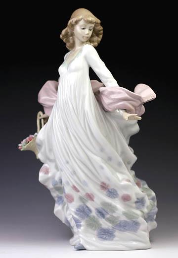 リヤドロ(Lladro リアドロ 陶器人形 置物) 花と少女 春の輝き#ldr-5898