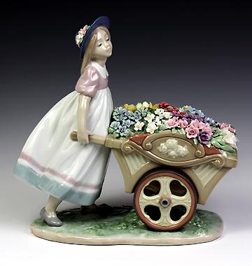 リヤドロ(Lladro リアドロ 陶器人形 置物) 花と少女 可愛いお花屋さん#ldr-6521