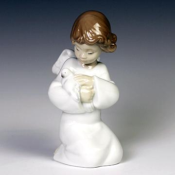 リヤドロ(Lladro リアドロ 陶器人形 置物) 天使 優しい翼#ldr-8245