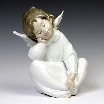 リヤドロ(Lladro リアドロ 陶器人形 置物) 天使 天使の考え事(なんとかなるよ)#ldr-4961