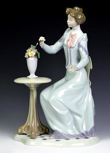 訳あり・リヤドロ(Lladro リアドロ 陶器人形 置物) 婦人 素敵な想い#ldr-6518