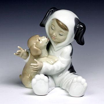 リヤドロ(Lladro リアドロ 陶器人形 置物) 少女 初めてのともだち#ldr-8598