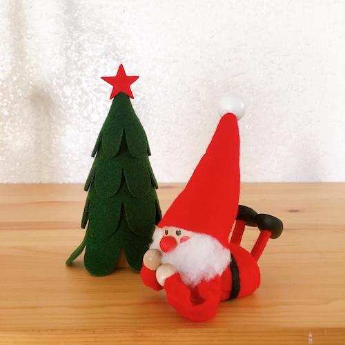 11月上旬入荷予定 ノルディカニッセ 寝転がるサンタ 正規品送料無料 赤クリスマス北欧 メーカー在庫限り品 フェルト