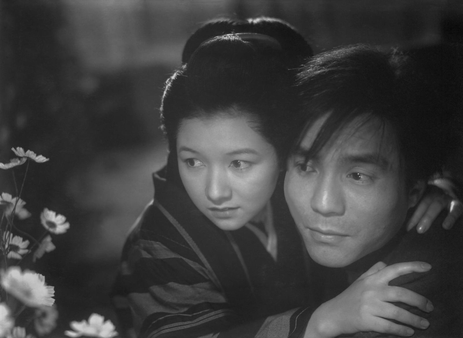 楽天ブックス: 春の戯れ - 山本嘉次郎 - 高峰秀子 - 4907953281585 : DVD