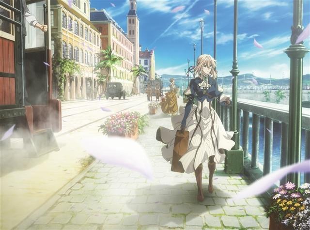 綺麗な町を歩くヴァイオレット・エヴァーガーデン