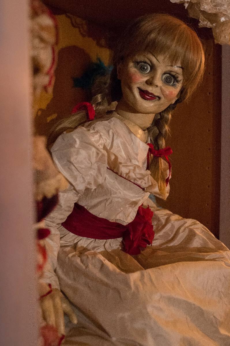 人形 本物 アナベル