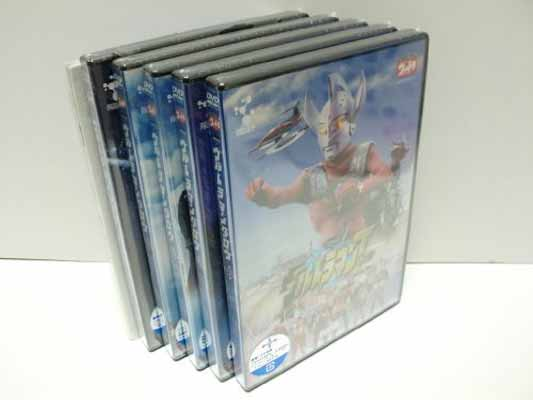 USED【送料無料】DVD ウルトラマンタロウ 激レアアイテム封入 Vol.6~10メモリアルセット [DVD]