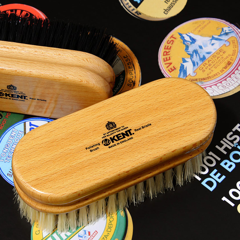 靴磨きの気分もあがる 英国伝統の豚毛ブラシ ケント 大放出セール シューズブラシ 2020A W新作送料無料 ブラック 豚毛 靴磨き用ブラシ