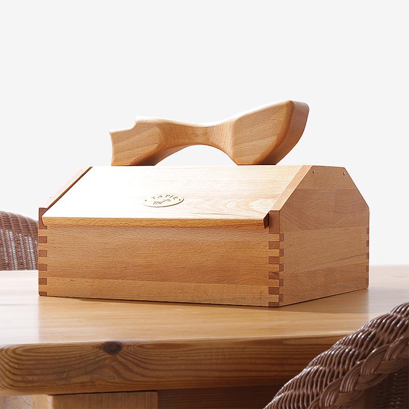 上質なヨーロッパ産ブナ材のオイル仕上げが美しい タピール 木の道具箱 ハンドメイドのシューケア収納ボックス NEW お得なキャンペーンを実施中 ARRIVAL 上質感あふれる天然木 小
