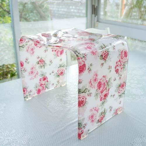 お風呂椅子 バスチェアLサイズ 高さ約30cm アクリル ルーシー 薔薇 ローズ おしゃれ 花柄 ラメ バスグッズ