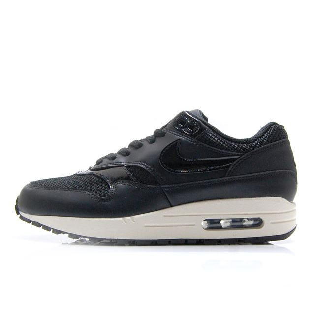 sale retailer b58a8 3e90c To the list of   Nike page