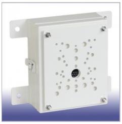 E110PBX 防犯カメラ ポール取付金具(電源BOX付)壁面取付け兼用モデル