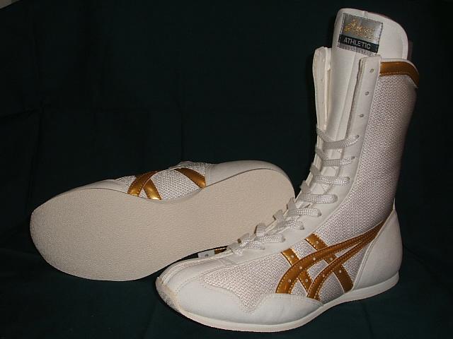 亚瑟士拳击鞋(白、黄金线)