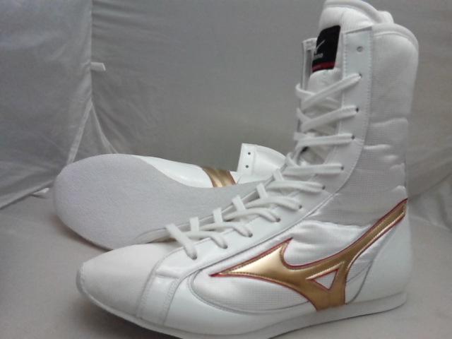 アメリカ屋オリジナルカラー・ミズノボクシングシューズミドル(白xゴールドふちメタルレッドライン)オリジナルシューズバッグ付