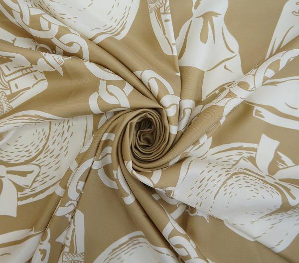 CHANEL シャネル スカーフ【CHANEL】【シャネル】【スカーフ】【シルク】【中古】