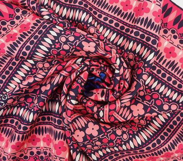 LOUIS VUITTON ルイ・ヴィトンスカーフ M78678シルク100%・ピンク【LOUIS VUITTON】【ルイヴィトン】【スカーフ】【バンドー】【ピンク系】【中古】