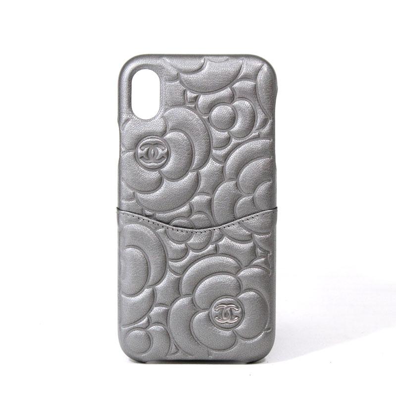 シャネル CHANEL iPhoneケース iPhone XR 2019-2020年秋冬プレコレクション新作 カメリア サテンフィニッシュゴートスキン アルジョンテ シルバー AP0982 B01132 N4878