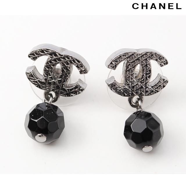 Chanel Earrings Cc Mark Swing Pearl Gunmetal Black A37277