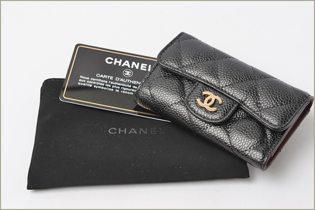 Chanel key case CHANEL 6 matelasse caviar skin black / Bordeaux A31503